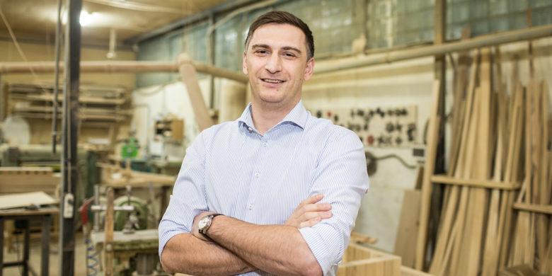 Кавказский стол. Сколько можно заработать на производстве осетинской мебели