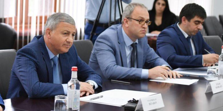 Вячеслав Битаров встретился с делегациями из Греческой Республики и Республики Кипр